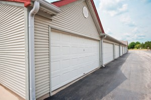 T - Garages in row